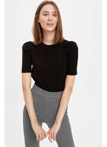 DeFacto N9894Az20Au Regular Fit Basic Kısa Kollu Kadın Tshirt Siyah